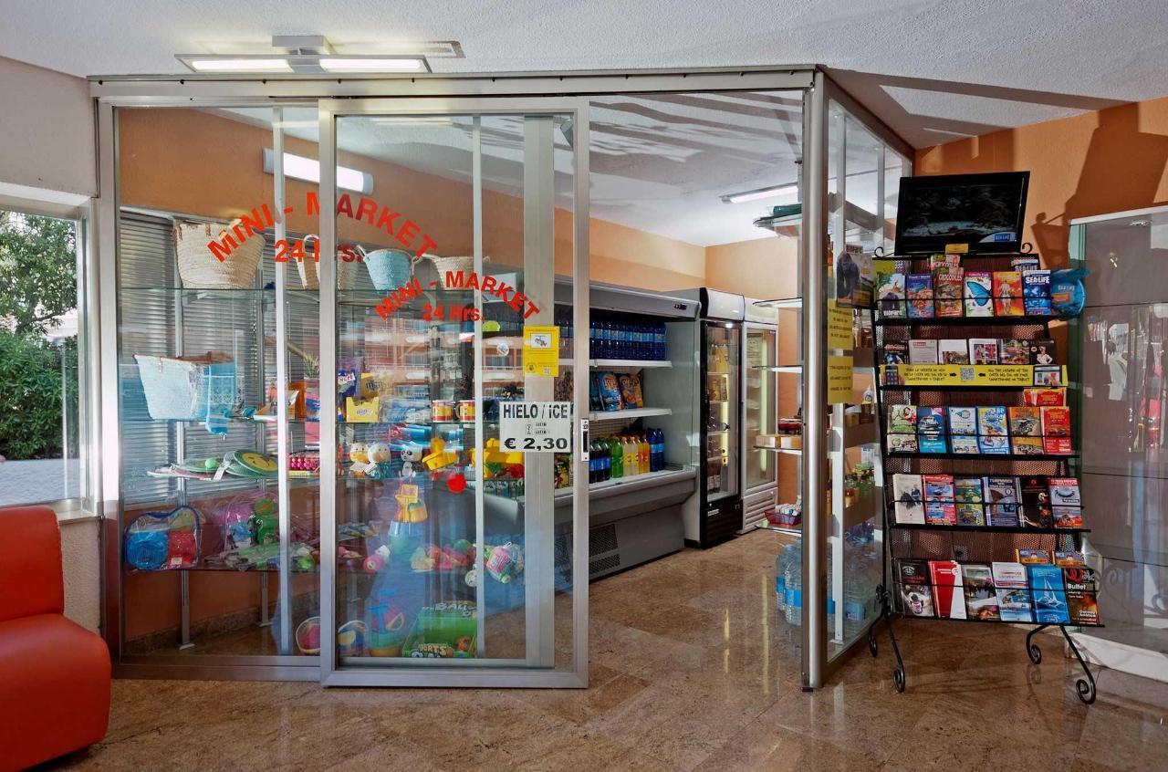 Minimarket - Apartamentos Doramar