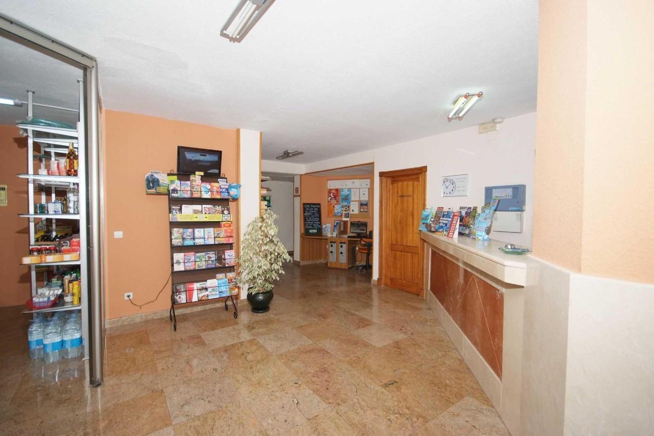 Entrada general - Apartamentos Doramar