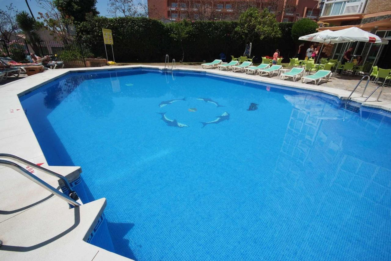 Detalle de la piscina - Apartamentos Doramar